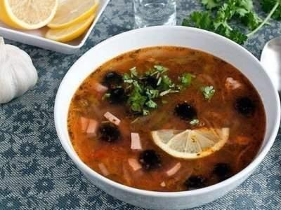как приготовить суп солянку сборную мясную. рецепт