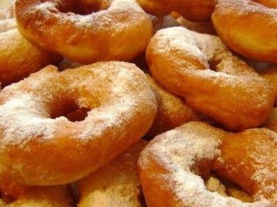 как приготовить жареные пончики на кефире. Рецепт