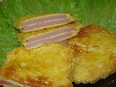 колбаса жареная с сыром