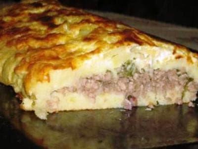 картофельная запеканка с мясным фаршем и грибами