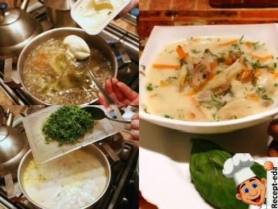 сырный суп на мясном бульоне