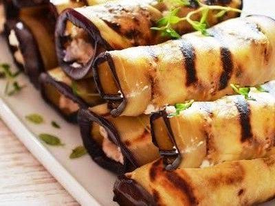 рулетики с баклажанами, фаршированные грецкими орехами. рецепт