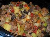 жаркое по-домашнему мясом, грибами в мультиварке