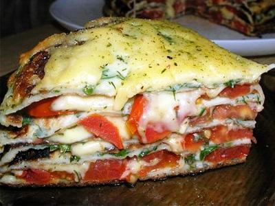 блинный пирог с грибами и сыром