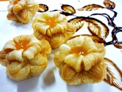 печенье цветы из слоеного теста