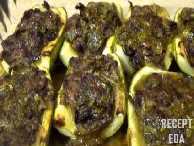 фаршированные кабачки с грибами