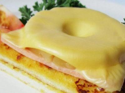 бутерброды с ананасом и сыром в духовке