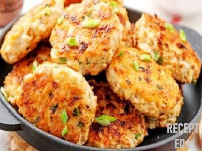 кабачковые оладьи с курицей в духовке