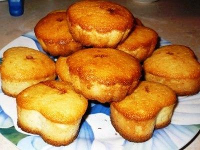 Кексы с манкой. Рецепты манных кексов на кефире