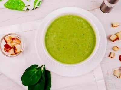 крем суп из брокколи и шпината