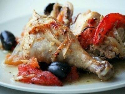 Курица с овощами и прованскими травами в духовке
