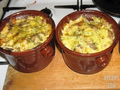 куриное филе с картошкой в горшочке