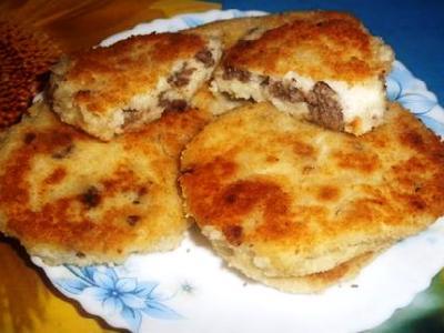 Манные зразы с мясом, рецепт приготовления