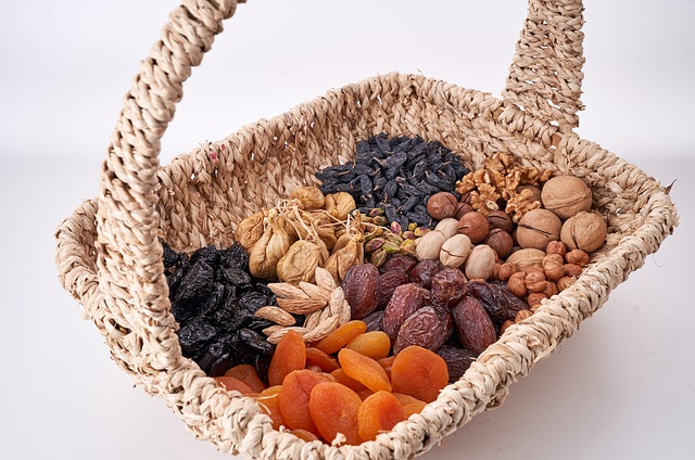 nuts basket, орехи, сухофрукты