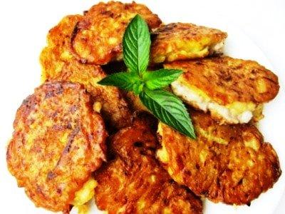 Кабачковые оладьи с куриным мясом