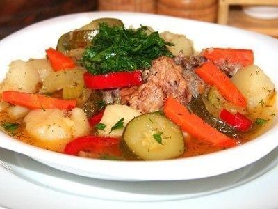 Как приготовить рагу из говядины с овощами в казане