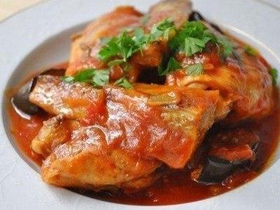 Овощное рагу с куриной грудкой и кабачками