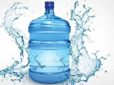 Почему стоит выбирать воду в большой емкости