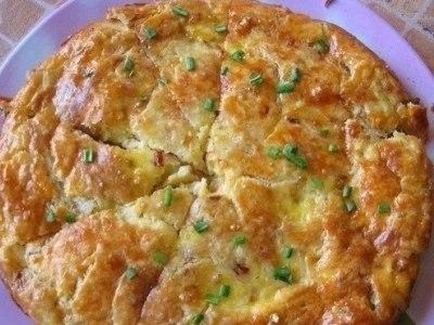 закусочный луковый пирог с плавленным сыром