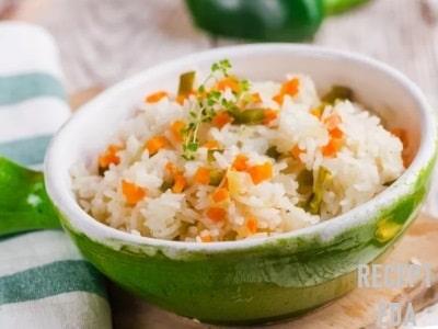 рис с морковью и луком в духовке