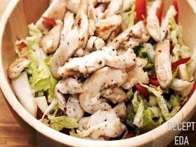 салат с китайской капустой и куриной грудкой