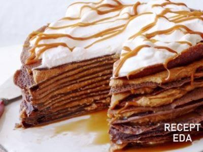 шоколадный блинный торт с творожным кремом