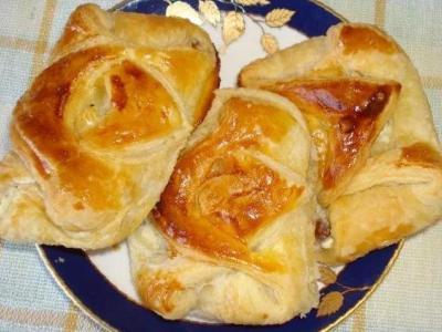 слоеные пирожки с творогом рецепт