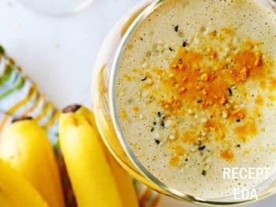 Банановый смузи с молоком, рецепт