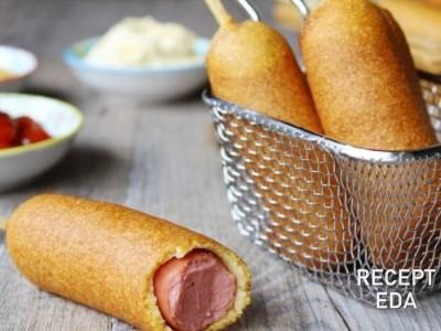 Сосиски в кукурузном кляре на палочке, рецепт
