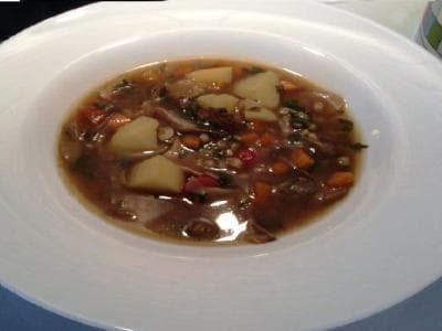 как варить суп из сухих грибов с перловкой