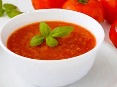Томатный суп с базиликом, рецепт
