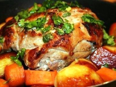 Запеченная свинина в духовке с овощами