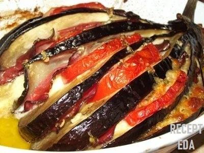 веер из баклажанов в духовке с беконом